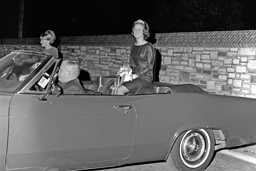 1966-1967-Homecoming-14.jpg