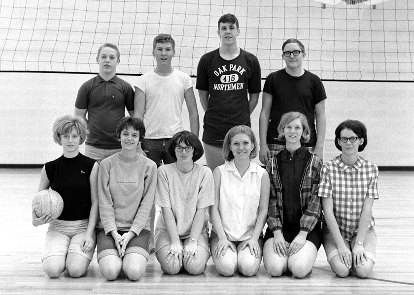 1967-1968-Volleyball-10.jpg